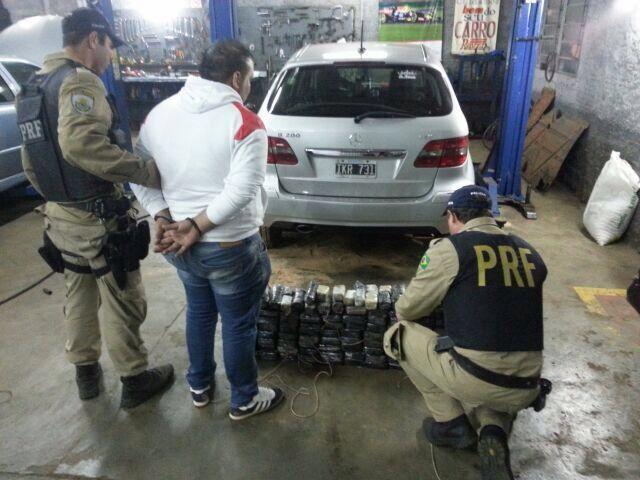 PRF apreende 89 quilos de cocaína na BR-163, em Guaraciaba, no Oeste