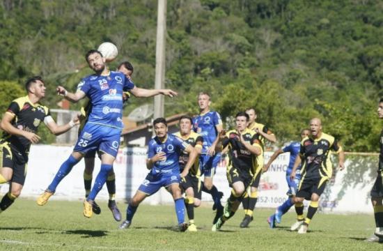Rio do Sul e Cruzeiro fazem a final da Liga Riosulense de Futebol