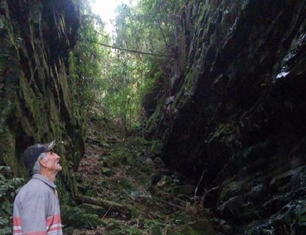 Trilha de acesso ao Cânion da comunidade de Rio do Meio recebe limpeza