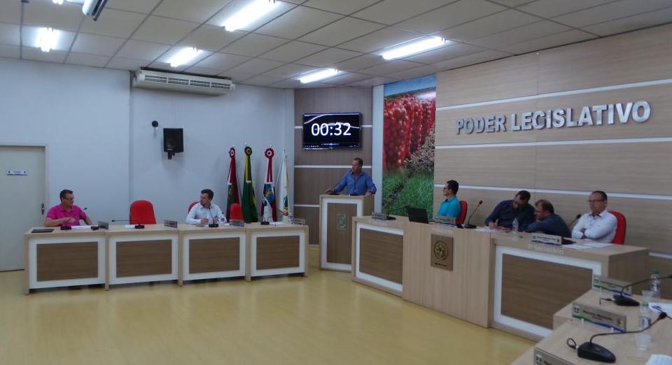Vereador cobra da Celesc mais investimentos nas redes de distribuição de energia no interior de Ituporanga