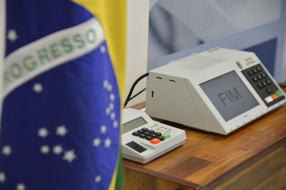 Vereador de Ituporanga cobra explicações do PSDB com relação a dívidas referentes à campanha de 2012
