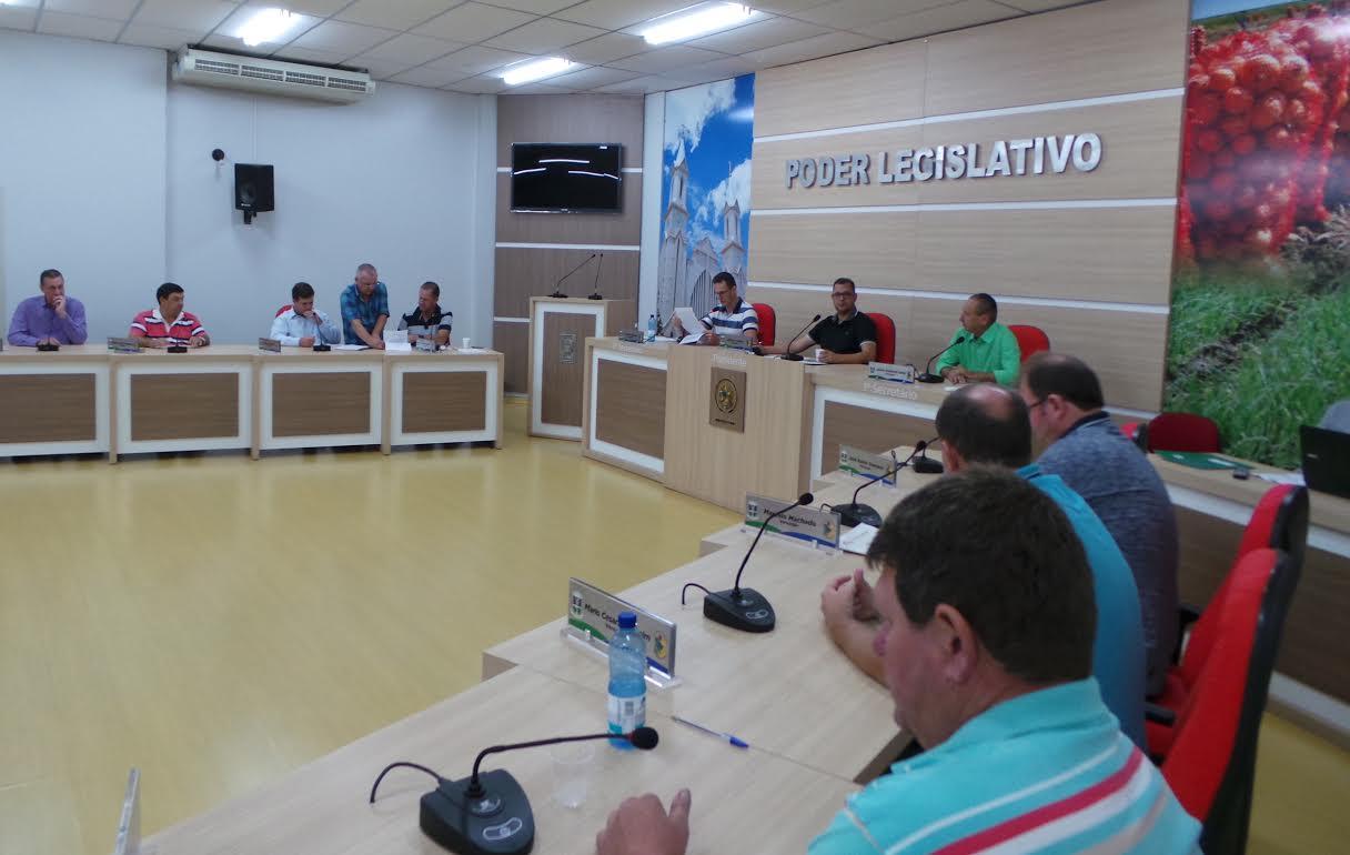 Vereadores e CDL debatem vendas por ambulantes em Ituporanga