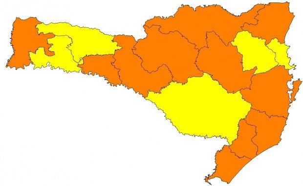 Nova matriz de risco mostra melhora em cinco regiões catarinenses