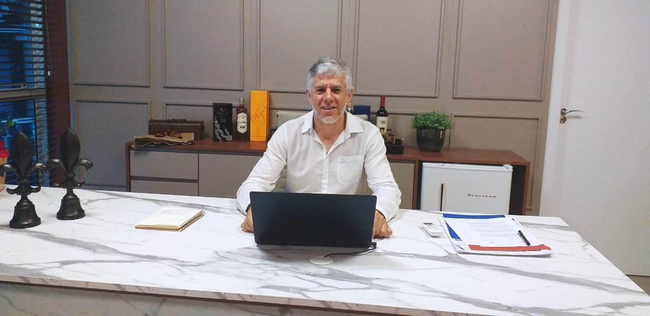 Olegário inaugura nova loja em Rio do Sul