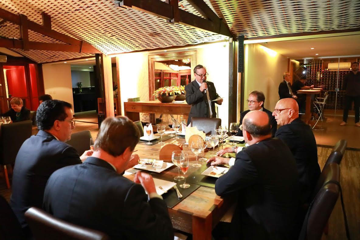 Parlamentares e líderes empresariais catarinenses se encontram em Brasília
