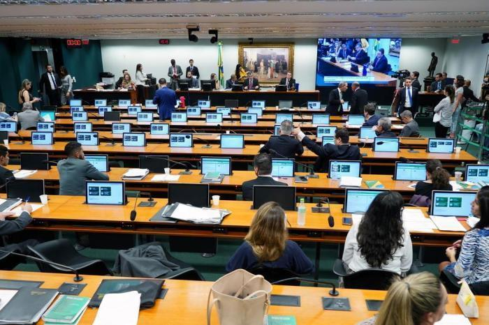 PEC que permite prisão após segunda instância avança na Câmara dos Deputados