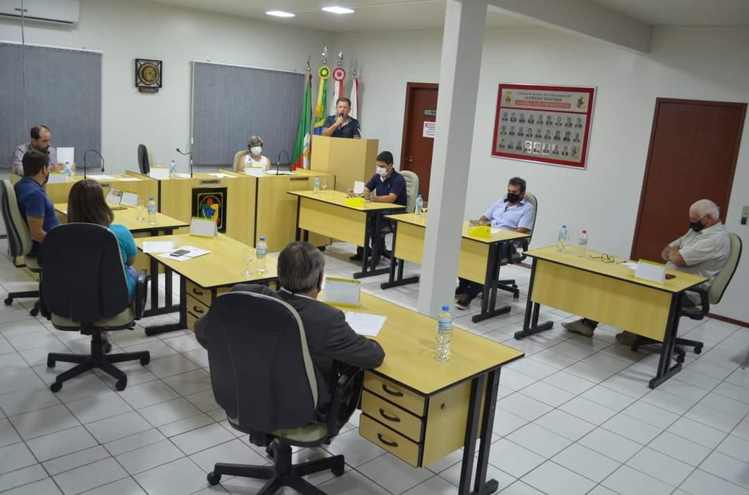 Pedidos de criação de lombadas e envio de ofício á Celesc marcaram a 2ª sessão da Câmara de Vereadores em Alfredo Wagner