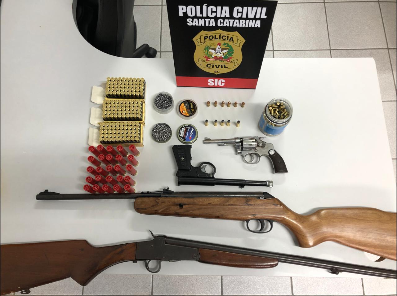 Polícia Civil apreende armas em propriedade no Alto Vale