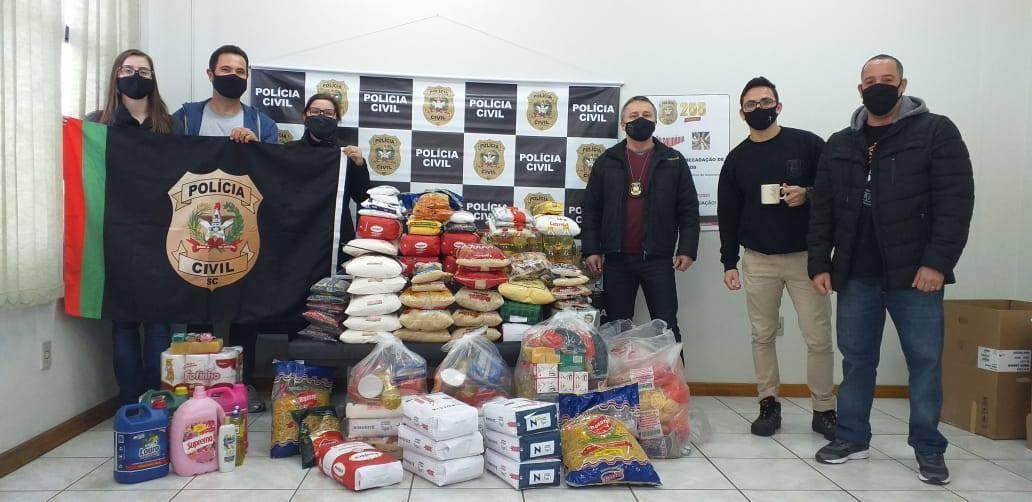 Polícia Civil arrecada mais de 300 quilos de alimentos em Ituporanga