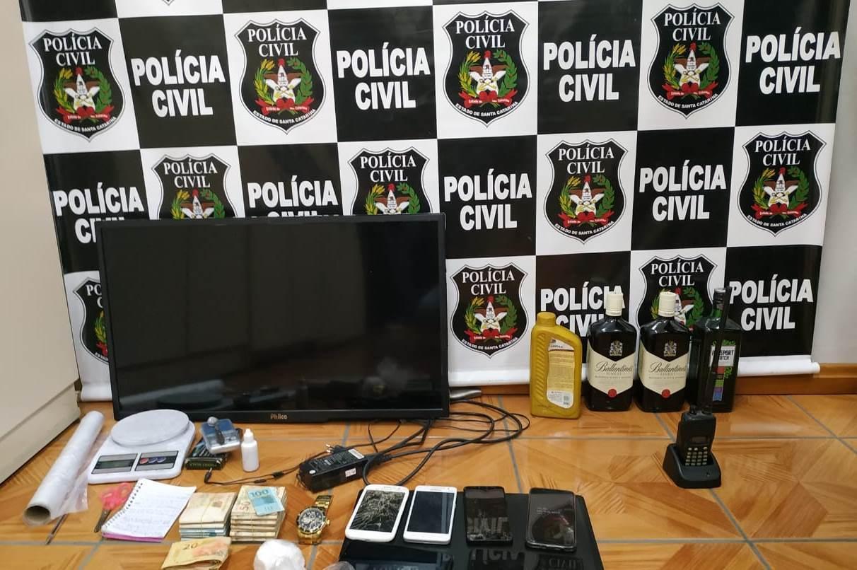 Polícia Civil cumpre mandados de busca, apreensão e prisão em Ituporanga