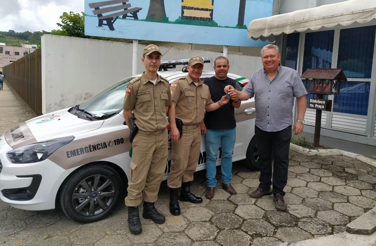 Polícia Militar de Alfredo Wagner recebe nova viatura