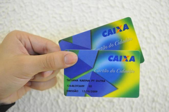 Prazo para trabalhadores de SC sacarem R$ 69,5 mi do abono salarial termina na sexta-feira