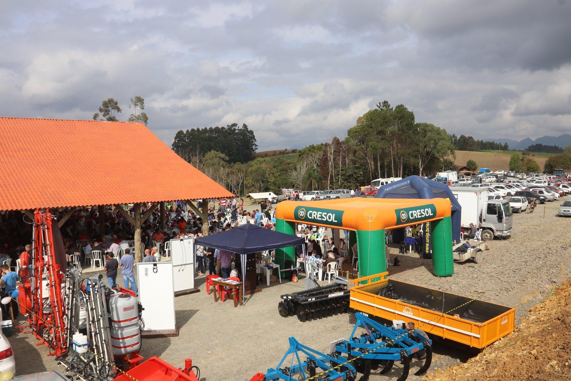 Prefeita de Chapadão do Lageado comemora sucesso da festa do agricultor e inauguração do parque municipal