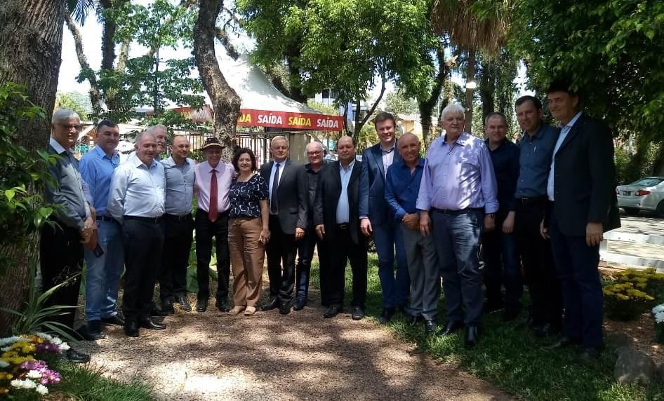 Prefeito de Ituporanga passa integrar diretoria da Associação dos Municípios Produtores de Tabaco do Sul do País