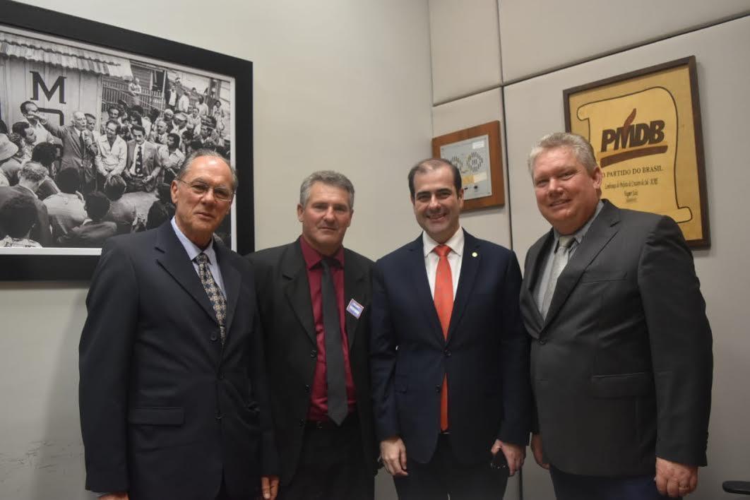 Presidente da Câmara de Vereadores de Alfredo Wagner solicita recursos para compra de equipamento para tratamento de madeiras