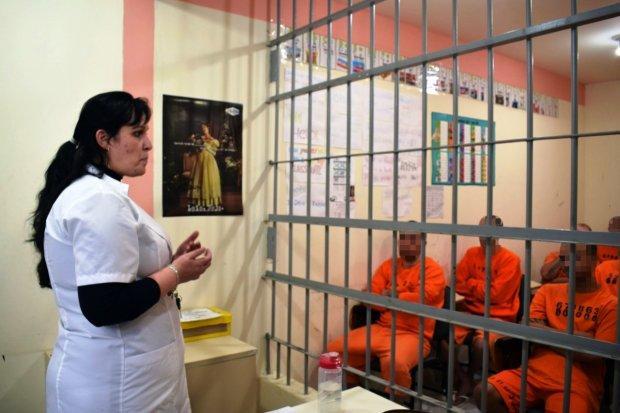 Projeto leva leitura a 5,5 mil presos em Santa Catarina