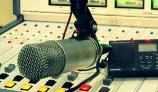 Quem anuncia em rádio comunitária também comete crime