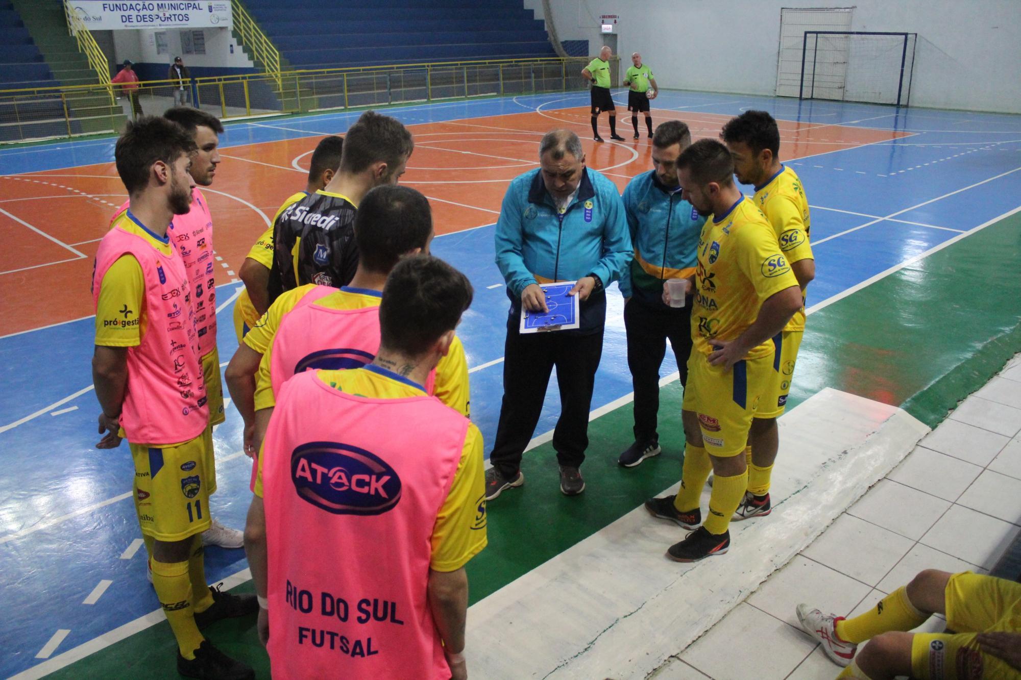 Rio do Sul enfrenta Saudades em duelo decisivo pela Liga Catarinense de Futsal