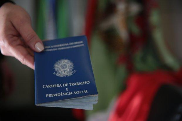 Santa Catarina mantém a menor taxa de desemprego do Brasil, aponta IBGE