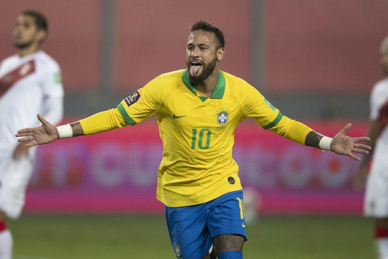 Seleção vence Peru nas Eliminatórias com três gols de Neymar