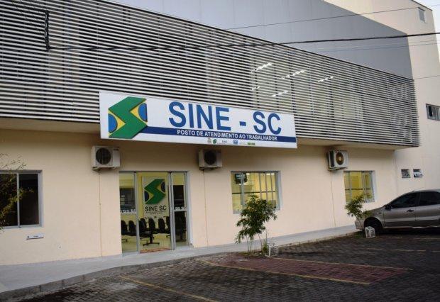 Sine retoma atendimento presencial mediante agendamento em Santa Catarina