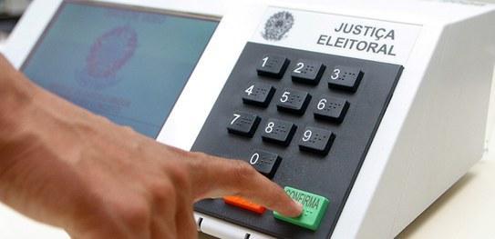 TSE: É falsa a informação que as urnas estão programadas de acordo com horário de verão