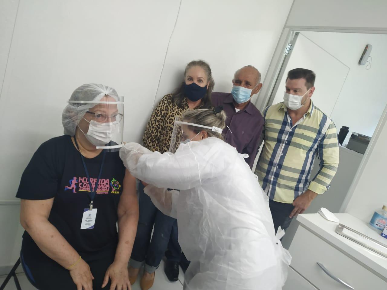 Uma dose de esperança: Ituporanga inicia a imunização contra a Covid-19