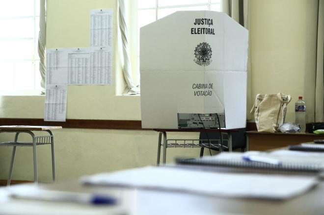 Veja como votaram os oito candidatos ao governo de Santa Catarina