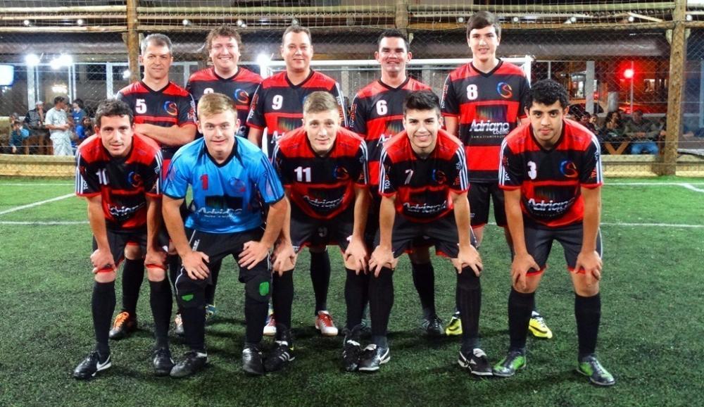 Equipe Adriano Coelho Eventos ficou com a segunda colocação (Foto: Josué Eger)