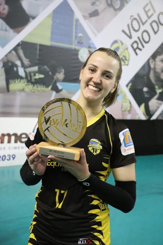 Ponta Kasiely foi eleita a melhor do jogo.