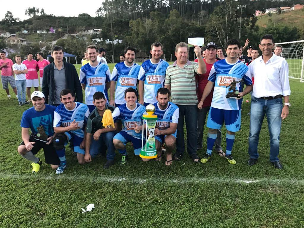 Rio Galego foi campeã da segunda divisão
