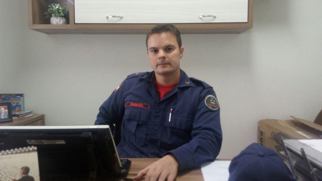 Tenente Rubens, comandante do Quartel do Corpo de Bombeiros Militar de Ituporanga.