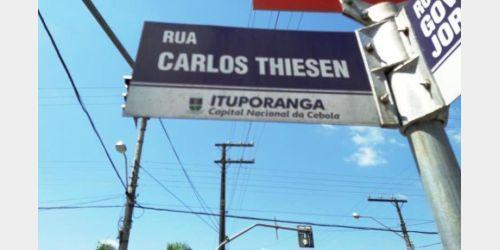 Administração de Ituporanga alerta sobre comercialização indevida de placas publicitárias no centro da cidade