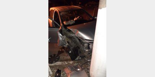 Colisão em poste deixa uma pessoa ferida no centro de Ituporanga