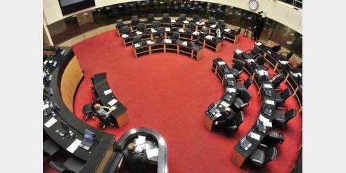 Com aumento para deputados estaduais, gasto com salários na Alesc cresce R$ 2,1 milhões ao ano