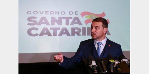 De volta ao comando do Executivo, Carlos Moisés apresenta programa de investimentos para os próximos dois anos
