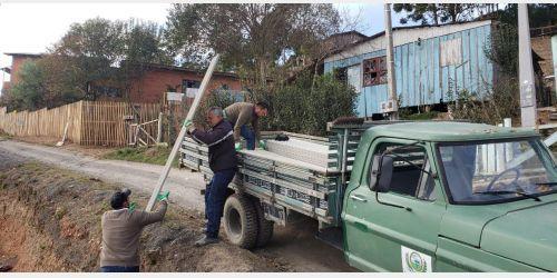 Em Bom Retiro administração tem buscado apoio da Defesa Civil para fornecer telhas para moradores