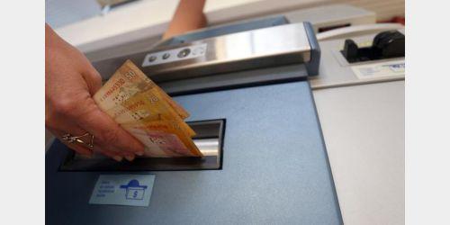 Governo de SC paga a primeira parcela do 13º salário dos servidores nesta sexta-feira