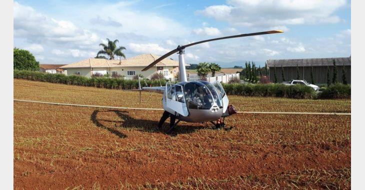Helicóptero pousa em plantação de cebola em Ituporanga