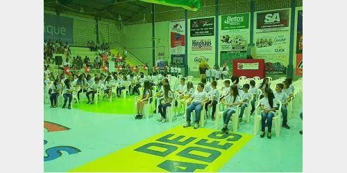 Mais de 100 alunos participam da formatura do Proerd em Ituporanga