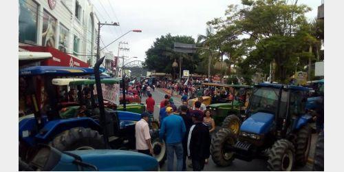 Agricultores de toda Região da Cebola participam de manifesto em Ituporanga