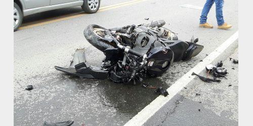 Carro e moto se envolvem em acidente em Ituporanga