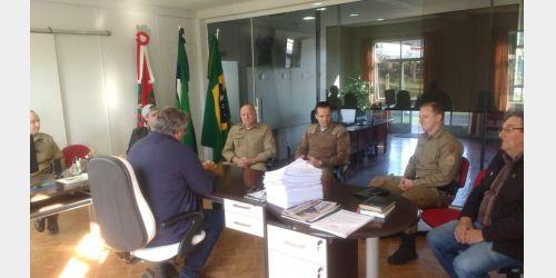 Polícia Militar e Prefeitura de Imbuia firmam parceria e casa localizada na Praça da Matriz será a nova sede da PM no município