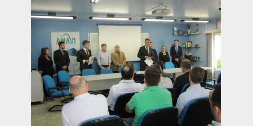 Prefeito eleito de Rio do Sul anuncia redução de secretarias e nova equipe