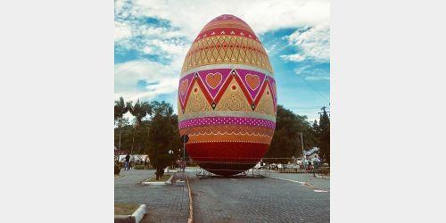 Ovo decorado de Páscoa de Pomerode é reconhecido o maior do mundo