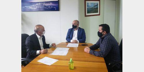 Prefeito Gervásio Maciel convida governador Moisés para estar em Ituporanga no aniversário do município